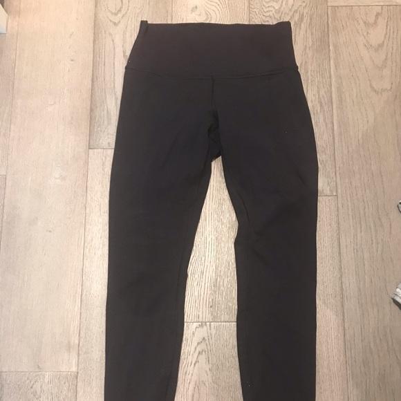 Lululemon leggings (wunder under, 28-inch inseam)